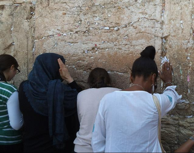Ivy praying at the Western Wall